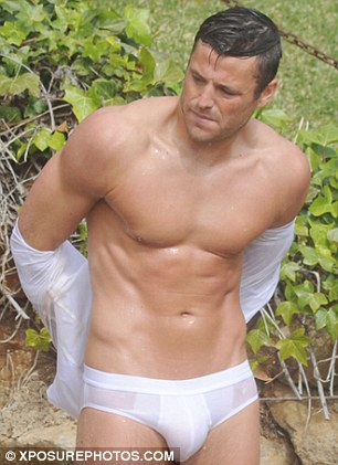 mark-wright-shirtless